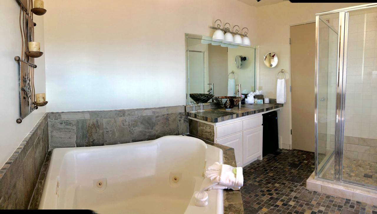 casa-sedona-jacuzzi-HOTEL-in-arizona